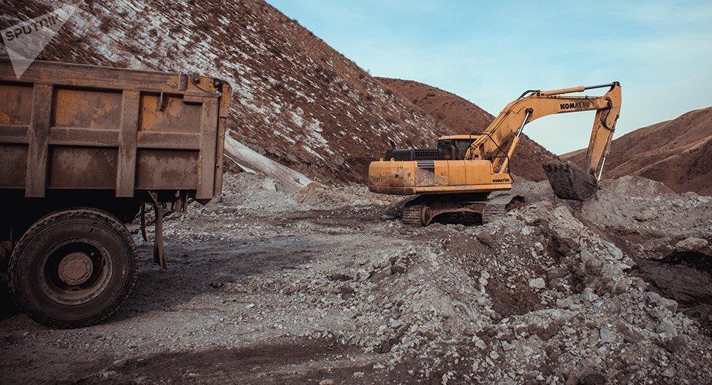 Урановая руда: способы добычи, применение, крупнейшие месторождения