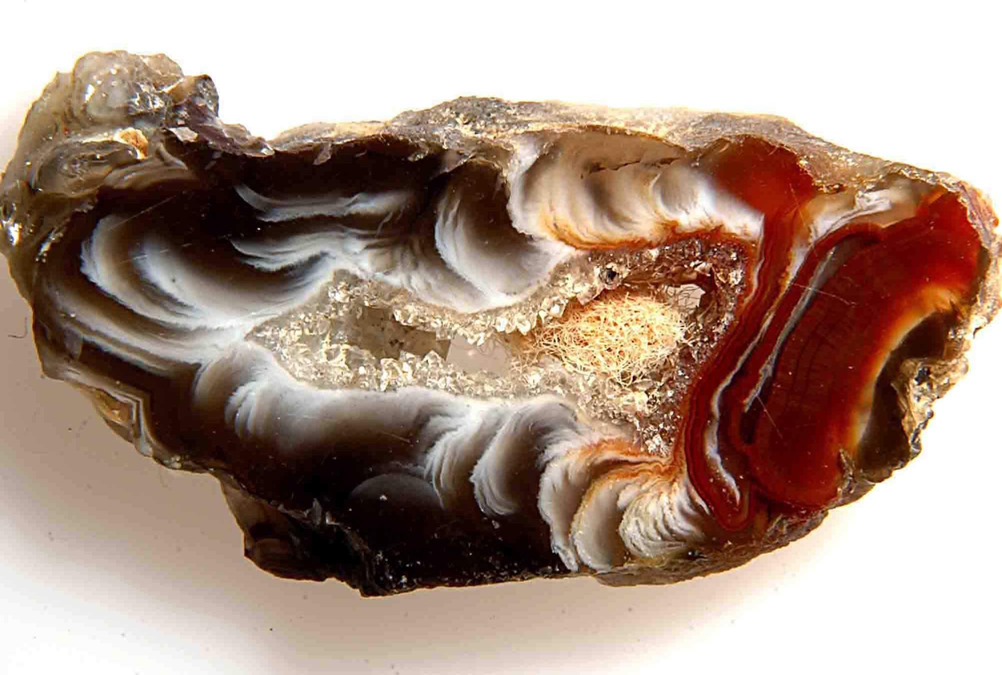 Агат – уникальный полудрагоценный минерал