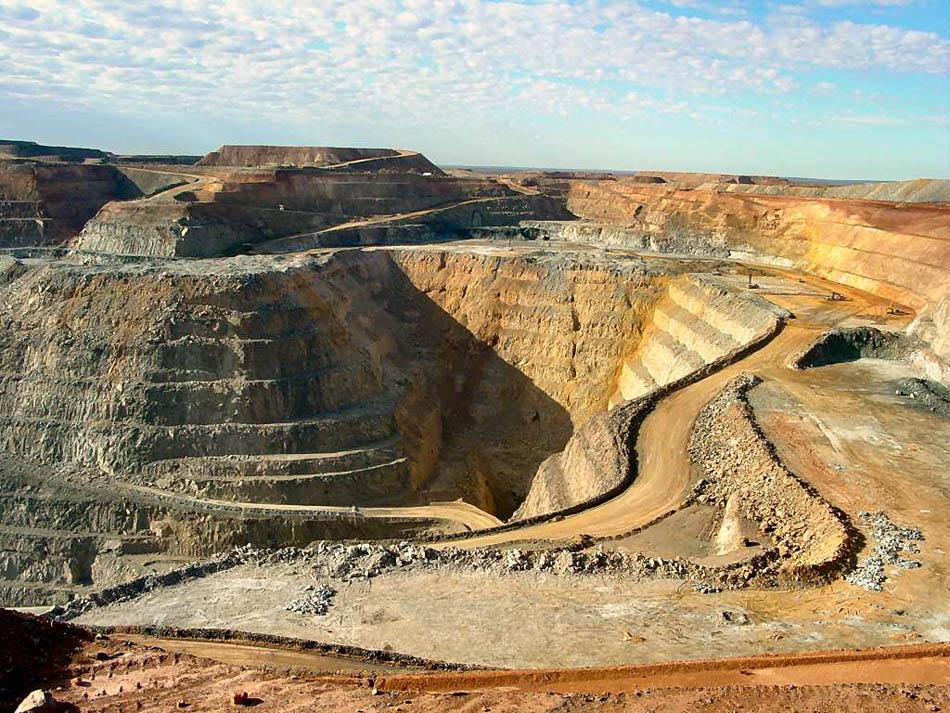 Происхождение золота и способы его добычи в России и других странах