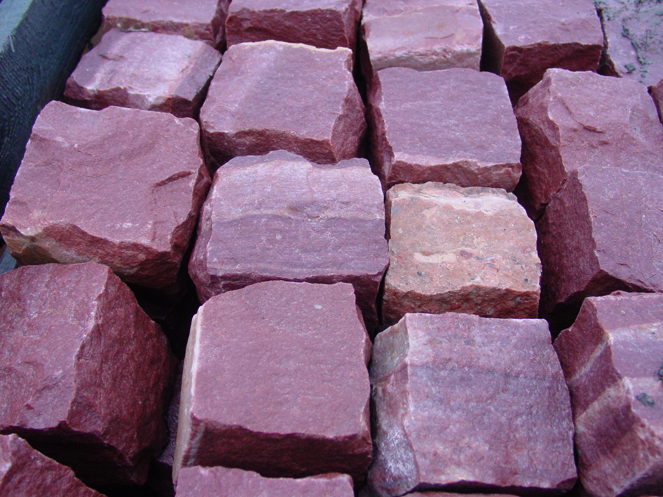 Минеральный состав гранита, самого распространенного полезного ископаемого на Земле.