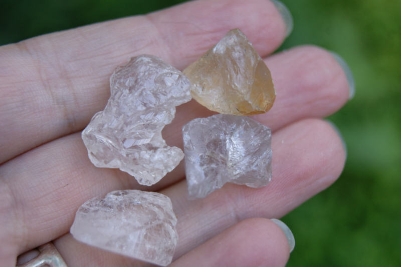 Шкала твёрдости минералов: определение прочности по Моосу